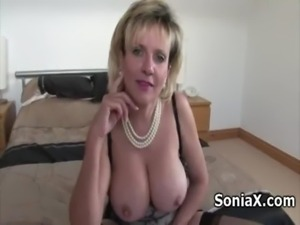 Sexy mature in lingerie rubbing clitoris free