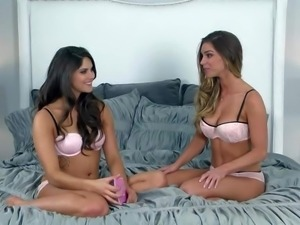 Aspen Rae takes off her bra and shows her small tits before busty girl does...