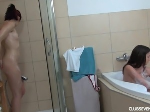 Teen cuties masturbate pussies in bath