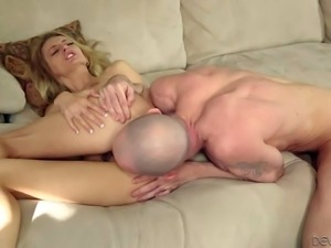 Natasha Starr is a sweet blonde that loves anal fun so much. Cutie with neat...