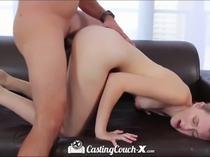 Blonde cheerleader fucks in hot casting