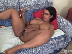 Chubby Ebony Natalia Vibrating Her Cunny