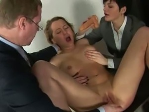 Secretary got undressed and toyed all over