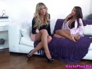 Busty lesbians MILFS in kinky pussyfingering session