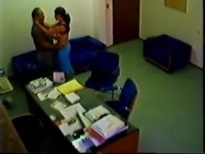 arab daddy in office