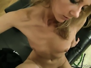 Natasha D blows Rocco Siffredis tool like crazy after she gets cornholded