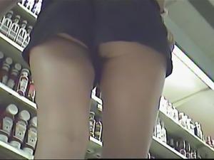 no pantie under shorts in supermarket (not my video)