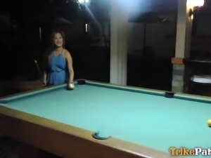 blonde filipina looks for one-night stand