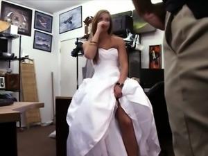 Порно жених ебет невесту с друзьями 49