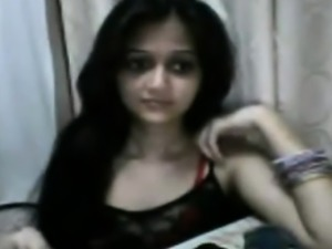 this sexy Indian Teen babe looks so much