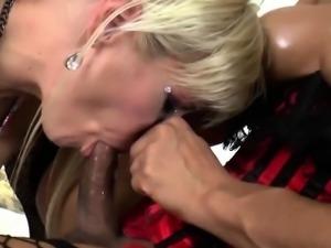 Latin Shemale Jessie Dubai Assfucks A MILF