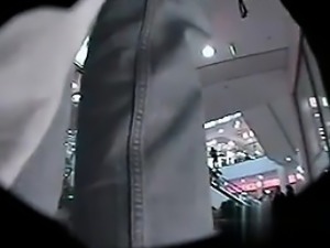 i am at cheat-meet.com - Hidden Cam  im Kaufhaus a