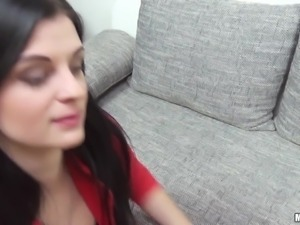 sexy alice wants to fuck for money