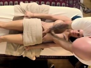 Secret voyeur movie of nasty masseur fucking customers