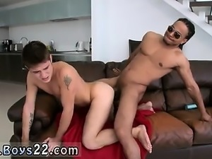 Gay gym locker Big cock gay sex