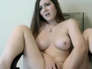 Pretty dildo fucks herself