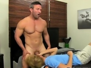 Porno hard sex gay first time Even straight muscle dudes lik