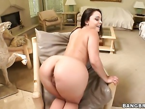 Liza Del Sierra with juicy booty riding erect rod