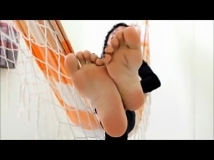 Foot Goddess foot tease smother