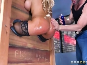 Spanish sex bomb Bridgette, is locked in the stock with her tasty bum sticked...