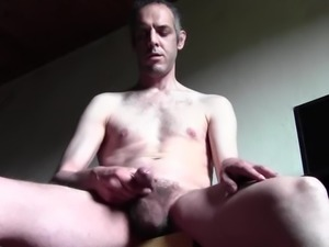 HUGE CUMSHOTS AND PEEING OUTDOOR IN PUBLIC