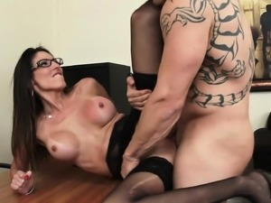 Stacked secretary Dava Foxx worships and fucks her boss's long stick