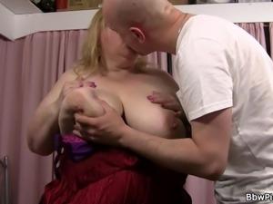 Street hooker fucks busty plumper