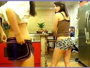 Candid Latina Dance 002