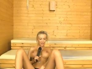 Kerrie Lee on BS in the Sauna
