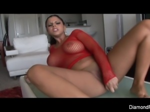 Diamond Kitty fucks herself in the ass
