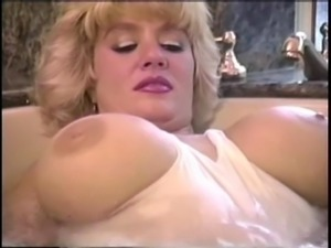 Suzie Boobies Bath Time