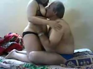 Mature fat dude enjoying his playful Paki milf wifey