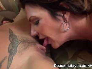 Mature Milf Deauxma call Lesbian Escort to Come Fuck Her!