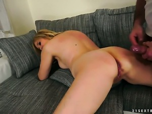 Blonde gal is too horny to