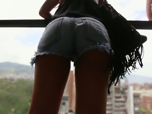 Mesmerizing Colombian young chick picked up on the street
