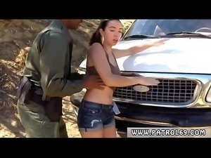 Mother playfellow&#039_s daughter police xxx Frida grasped hold of the
