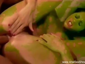 Deep Rough Anal For Brunette MILF