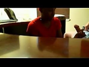 crazyamateurgirls.com - Ebony blowjob during job interview (REAL) -...