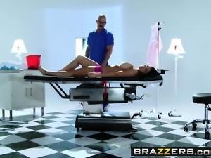 Brazzers - Dirty Masseur - Audrey Bitoni John