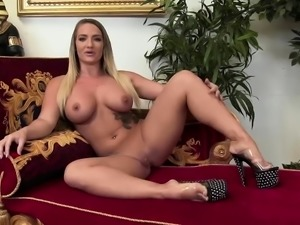 Alexis Texas loves to get plowed hard