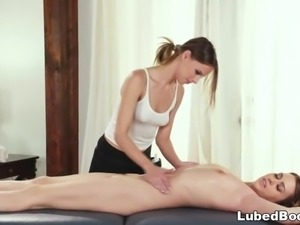 Jillian Janson makes Jill Kassidy wet on massage table