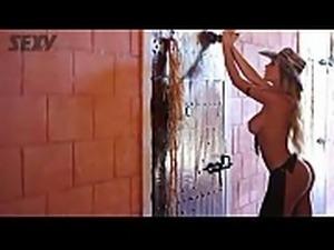 Andressa Urach - Ensaio Na Sexy