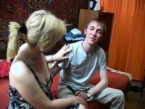 Russian mature amateur bitch does a POV blowjob