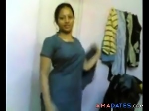 desi paki naked girl