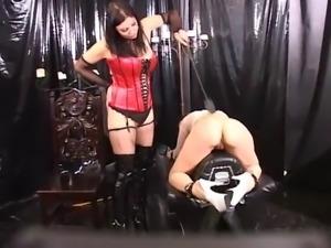 Sinn&#39s lesbian spanking in leather upholstery