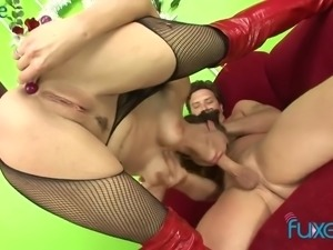 Big breasted and toy addicted MILFie whore gets her anus fucked hard